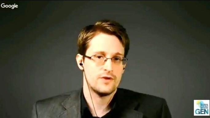 """Snowden accusa l'Ue, """"trattato da pedina"""""""