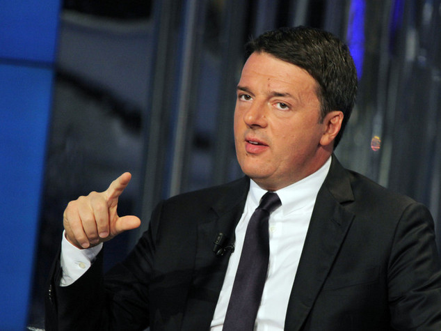 "Renzi: ""Nessuna tendopoli, ricostruire presto e bene"""