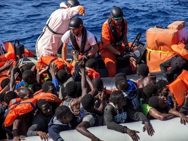 Cimitero Mediterraneo, record di migranti morti nel 2016