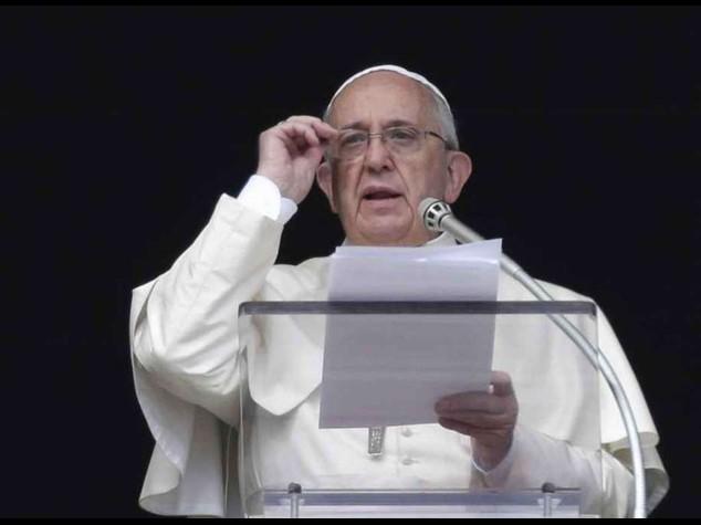 Papa: in Siria e Iraq si fermino intollerabili brutalita'