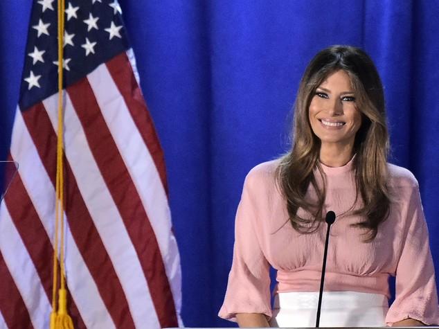 Un insulto pesante a Melania Trump inguaia un giornalista del New York Times