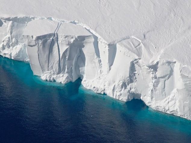 L'Artico si scioglie, allarme della Nasa - Video