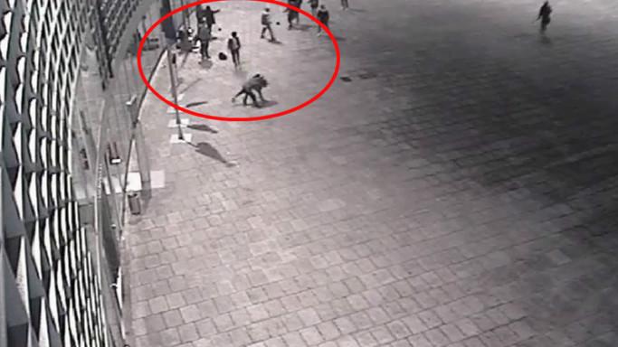 Rissa tra filippini a Milano, due feriti gravi