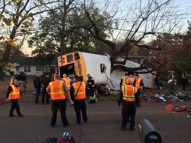 Usa: incidente scuolabus Tennessee, morti 6 bimbi