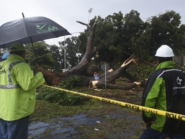 L'uragano Otto sferza il centro America