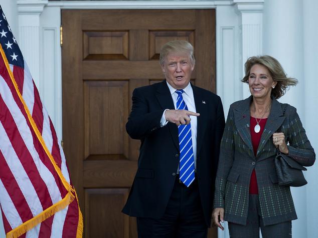 Trump: chi è Betsy DeVos, sorella fondatore di Blackwater
