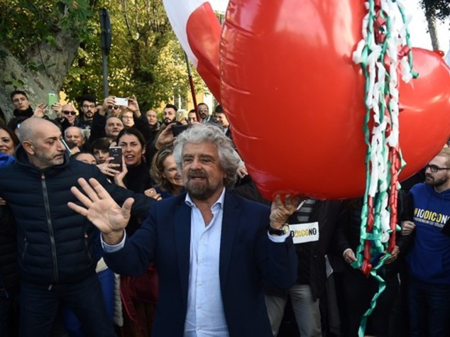 Perché Grillo voleva cambiare gruppo in Europa