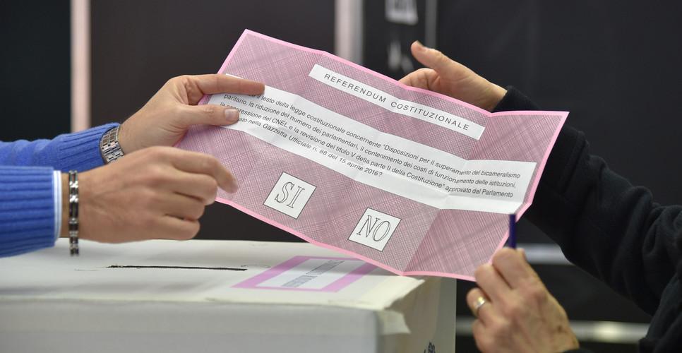 Exit poll, netta vittoria del No