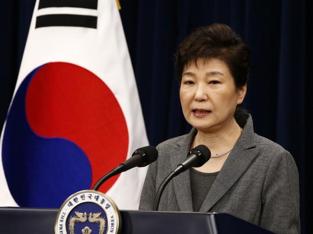 Sud Corea: deposta la presidente Park, Seul verso voto tra violenze