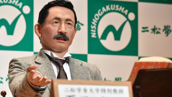 Il Pirandello giapponese è diventato un androide e fa pure lo spiritoso