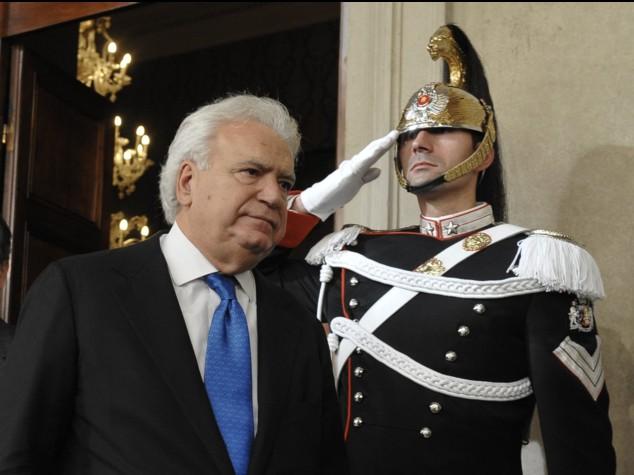 Governo Gentiloni, Verdini non da la fiducia
