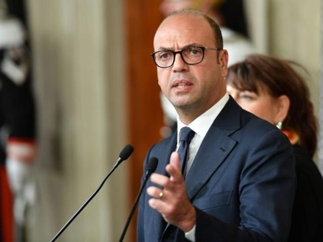 Siria: Alfano, da inizio conflitto 120 mln aiuti da Italia