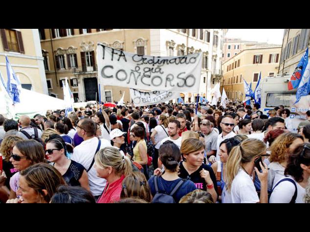 Scuola: domani cortei in tutta Italia contro riforma governo