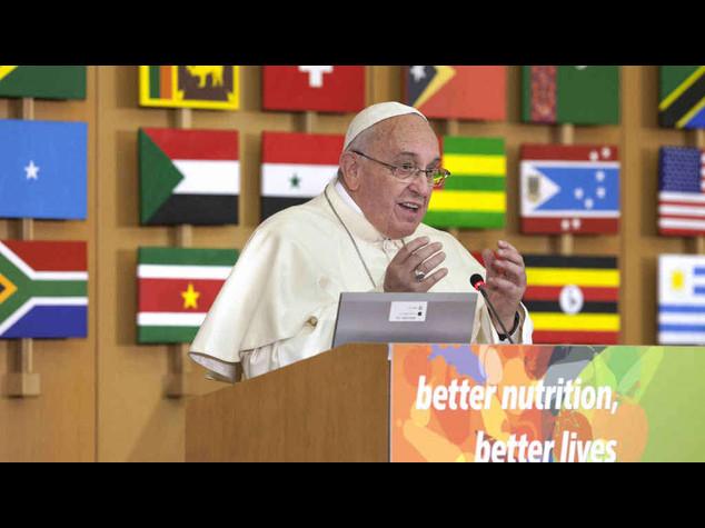 """Papa alla Fao contro i mercati  """"Non ostacolino lotta alla fame"""""""