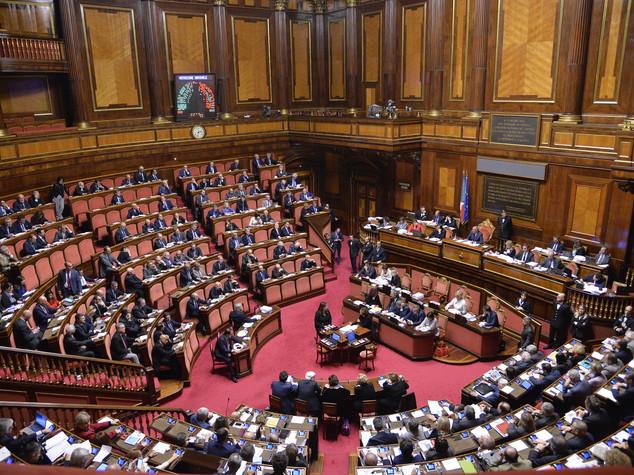 Governo: fari puntati sul Senato, l'incognita è ancora Verdini
