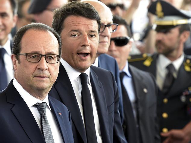 """Immigrati: Renzi, """"niente isteria"""" Hollande, """"quote Ue? Un errore"""""""
