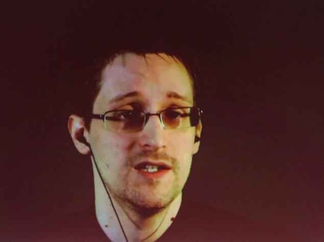 """""""Bugiardo, spia"""" e le altre accuse della Camera Usa a Snowden. Che risponde al fuoco"""