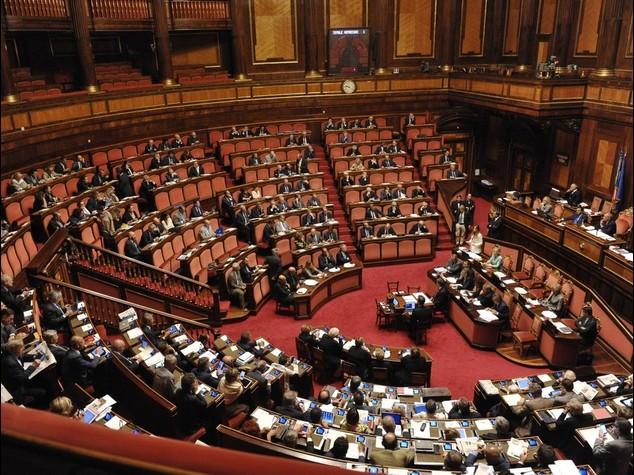 Riforme: insulti e gesti sessisti Bagarre in Aula tra senatori