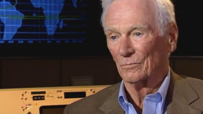 Addio a Gene Cernan, l'ultimo uomo sulla Luna - Video