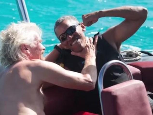 La sfida sul kitesurf tra Barack Obama e Richard Branson - Video