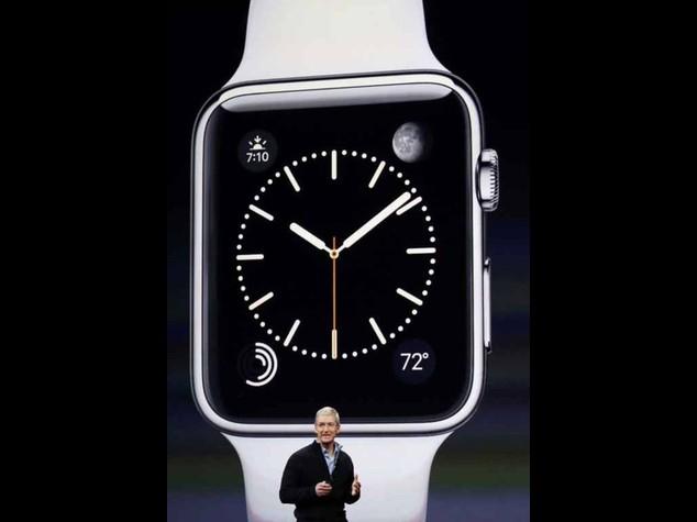 Tim Cook snobba l'Italia. Apple Watch dal 24 aprile in 9 Paesi