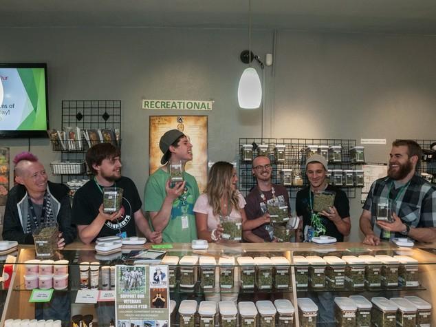 Legalizzazione cannabis, proibizionismo non funziona: un italiano su 10 la usa