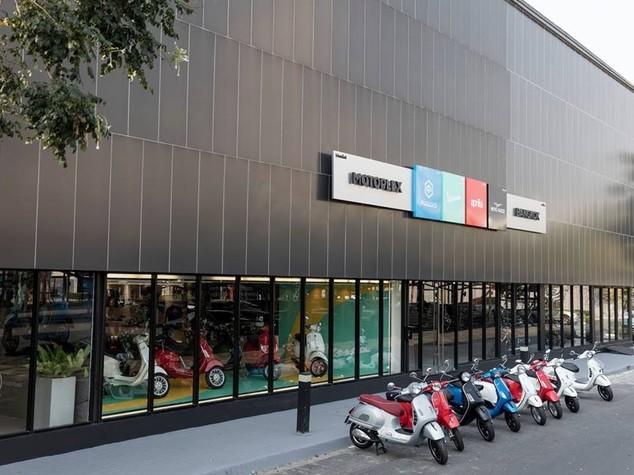 Piaggio entra in Thailandia con flagship store a Bangkok