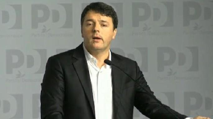 """""""Ho fatto autocritica, ora basta"""". Renzi: """"Riparto con umiltà"""""""
