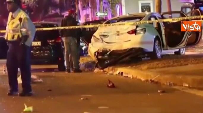 New Orleans, auto contro la folla che festeggia il carnevale: 28 feriti