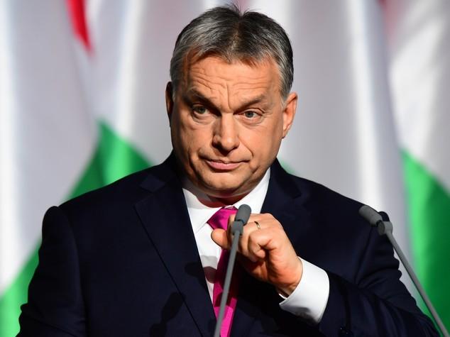 Orban dona mezzo milione ad una chiesa del Centro Italia danneggiata dal terremoto