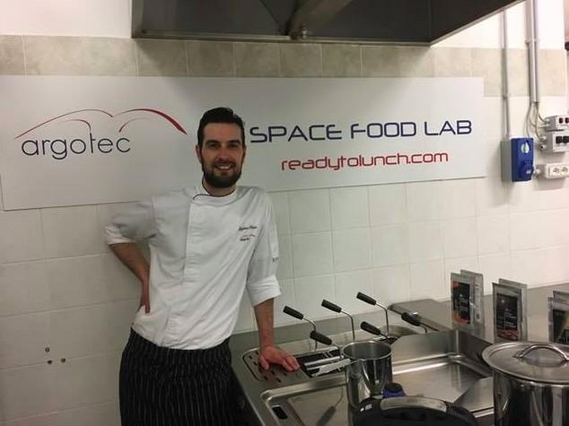 I segreti della cucina spaziale raccontati dallo chef degli astronauti