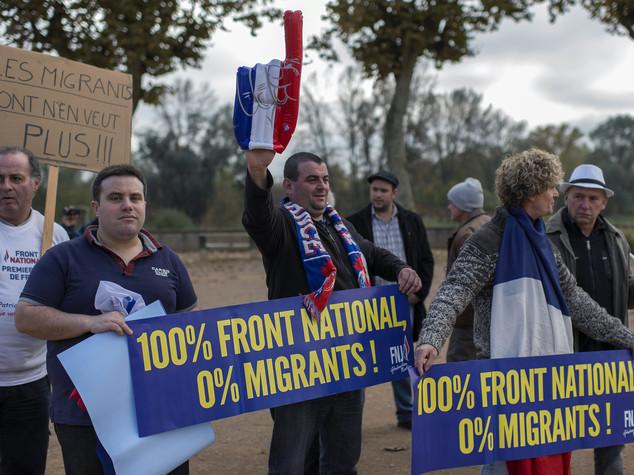 Francia: cosa è la 'fasciosfera' che spinge Marine Le Pen