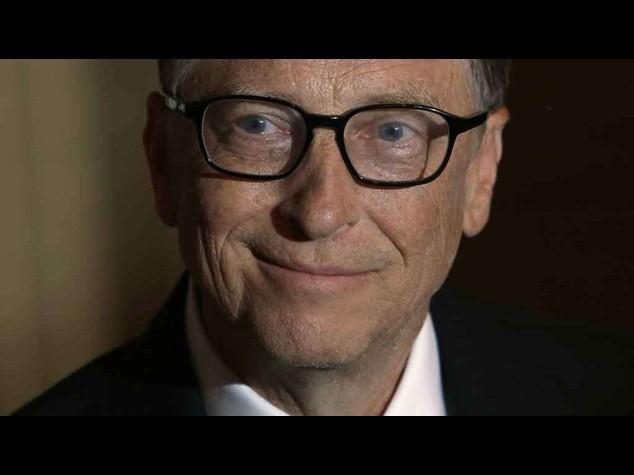 Bill Gates e' l'uomo piu' ricco del mondo. Lady Ferrero la prima italiana