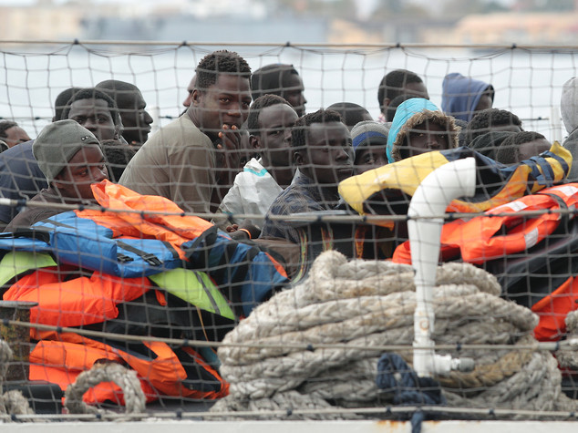 I nuovi dati sui rifugiati in arrivo preoccupano il Viminale