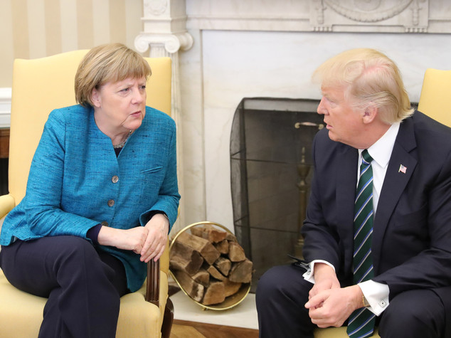 Ormai è arrivato il momento per Germania & co di dare il benservito agli USA.
