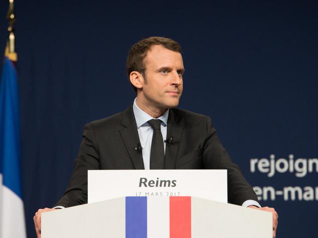 Francia: chi è Emmanuel Macron il centrista 'fai da te'