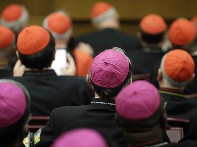 Il Sinodo apre alla comunione ai divorziati e agli omosessuali