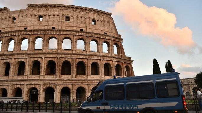 Incubo black bloc e allarme terrorismo. Come muoversi nella Roma blindata