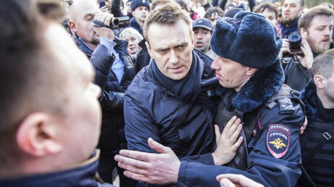 Russia: Navalny e gli altri che si oppongono a Putin. E finiscono in galera