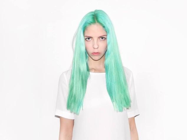 La startupper con i capelli blu che sfida Amazon e Starbucks