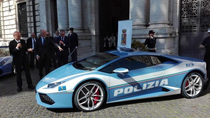 A cosa servirà la nuova Lamborghini della Polizia