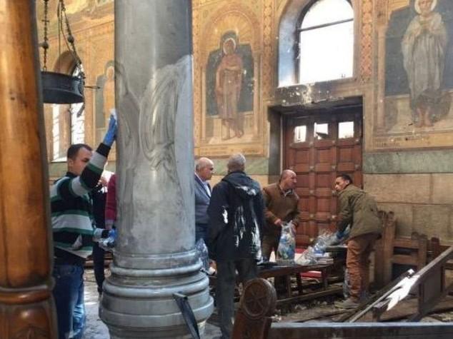 Egitto, bomba in chiesa: strage nella Domenica delle Palme [VIDEO, IMMAGINI FORTI]