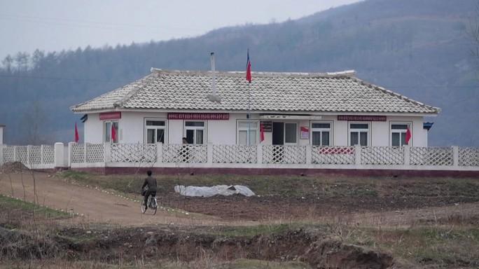 """Cina: """"Soluzione pacifica a crisi in Nord Corea"""""""