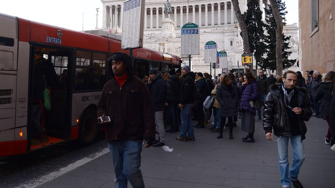 La nuova maximulta per chi è senza biglietto in bus. E quanto costa adesso