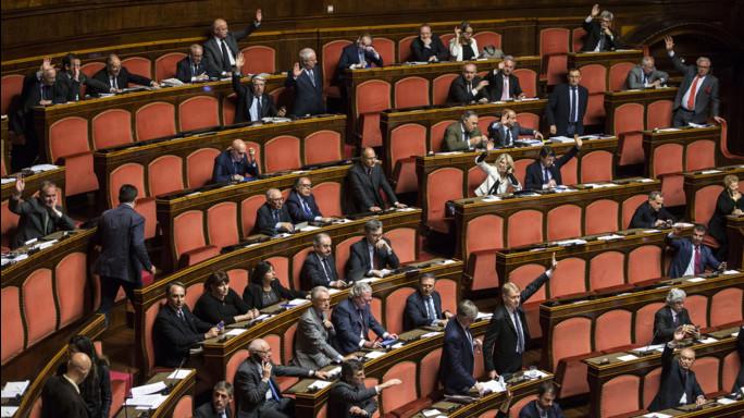 Sì del M5S al 'tedescum', Renzi accelera sulla legge elettorale