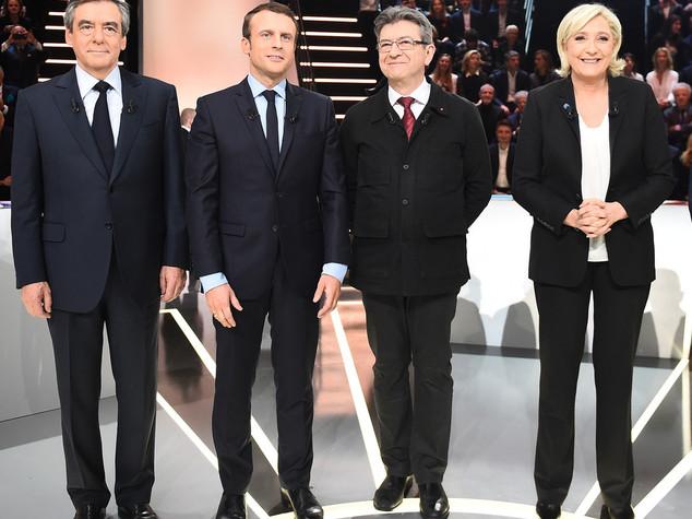 Le Pen: Il Paese è in stato di guerra, abrogare leggi lassiste