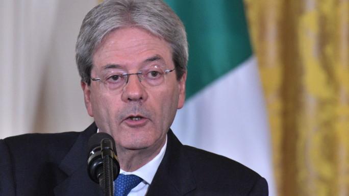 """Gentiloni: """"Non ci sono le condizioni per nazionalizzare Alitalia"""""""