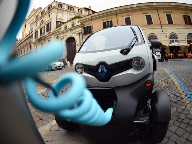 La svolta 'verde' di Brescia: 500 euro in car sharing per chi rottama l'auto