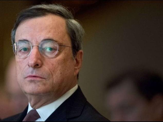 """""""Lunedi' via agli acquisti bond"""" Draghi, crescita piu' alta in Ue"""