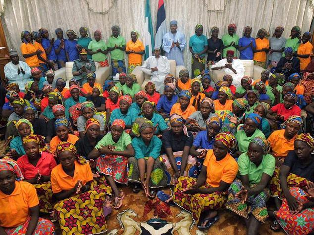Le ragazze liberate da Boko Haram dopo uno scambio